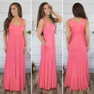 Bellamie Coral maxi dress with pockets EUC Sz M L